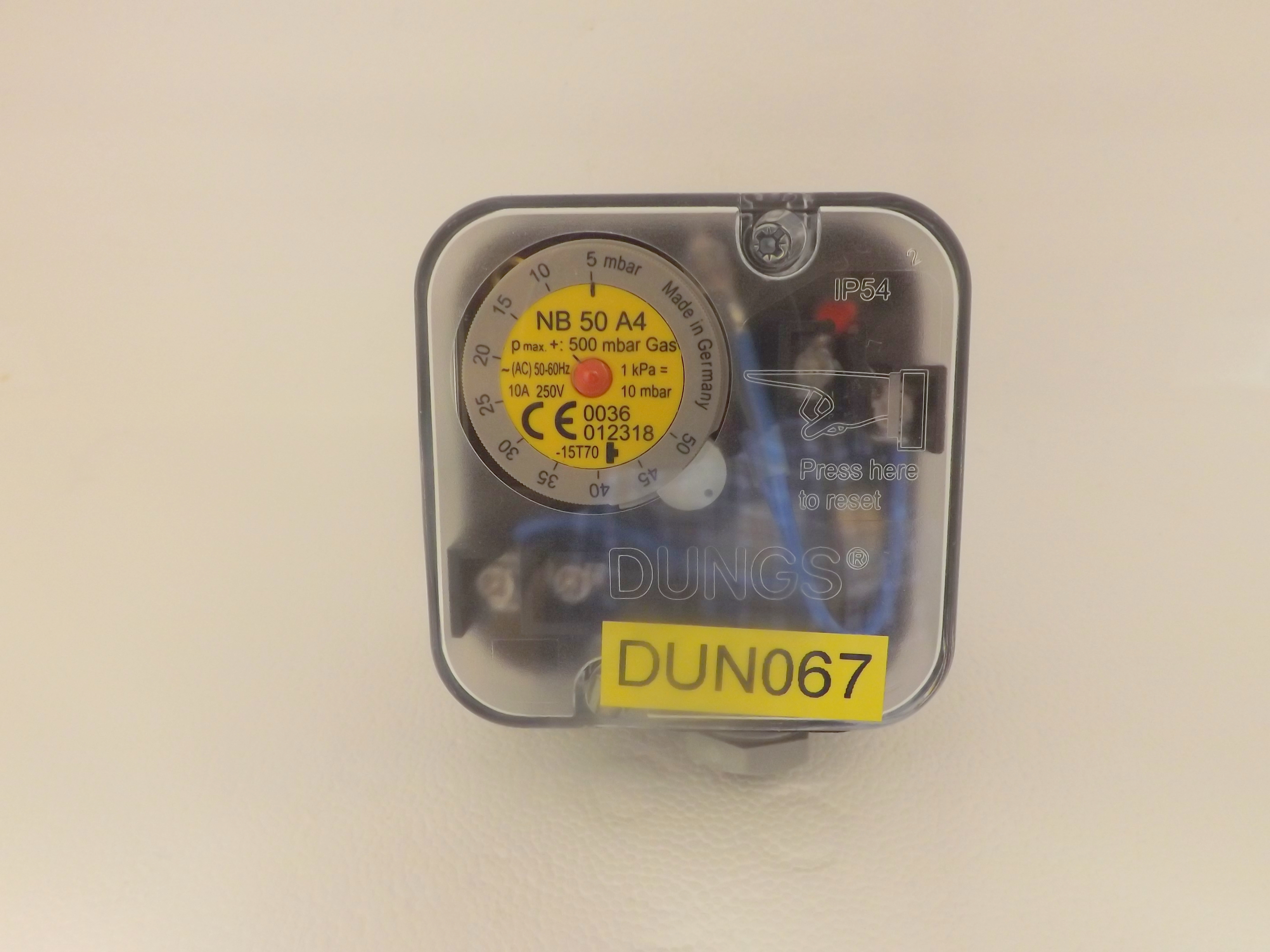 Dungs NB50 A4 2 5-50 mbar Pressure Switch 210 534